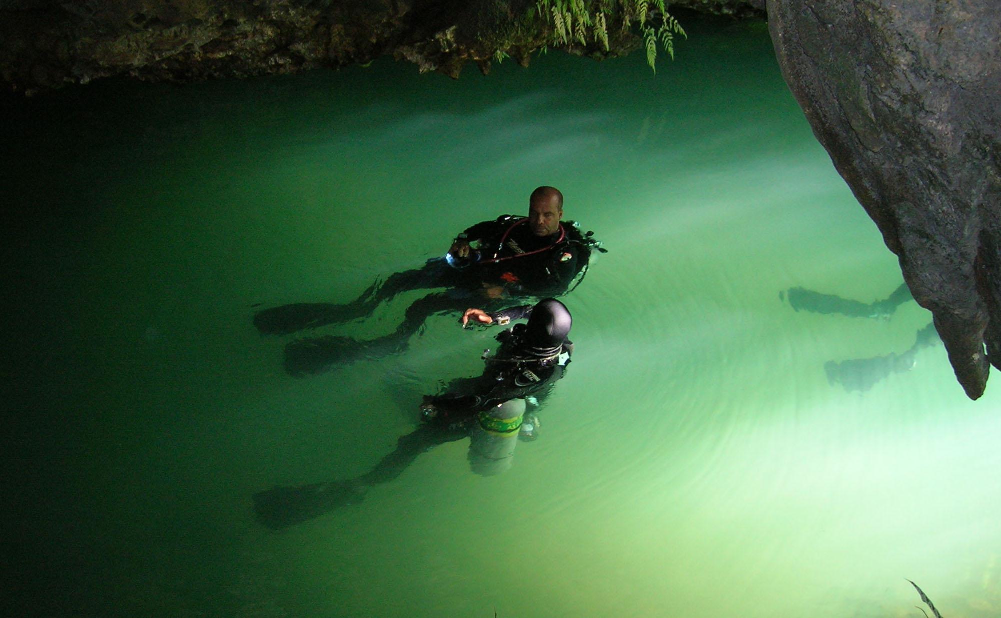 PROXIMOS DESTINOS Filipinas ( del 2 al 23 de Febrero de 2011) En la Isla de Cebu, imersiones en Moalboal, Mactan y Malapascuaf 10 inmersiones por destino, total 30 inmersiones […]